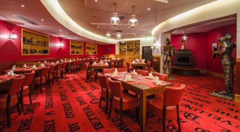 ristorante-tradizionale-alla-carta-the-captains-library