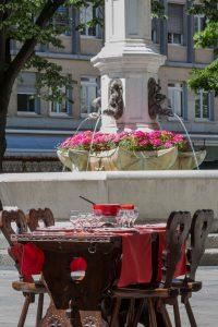 new-fondue-on-the-terrace-of-restaurant-edelweiss-geneva