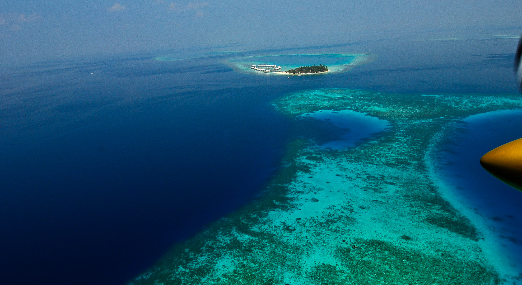 Diamonds Athuruga Maldives in South Ari Atoll - Book a luxury ...