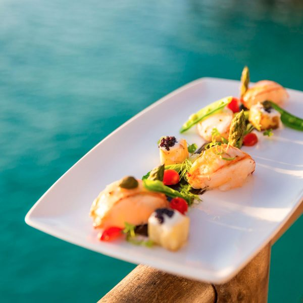 diamonds_athuruga_farivalhu_maldivian_restaurant