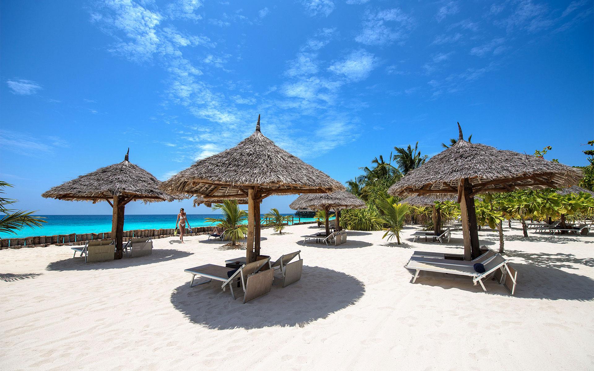 Результат изображения для La Gemma Dell'est Resort