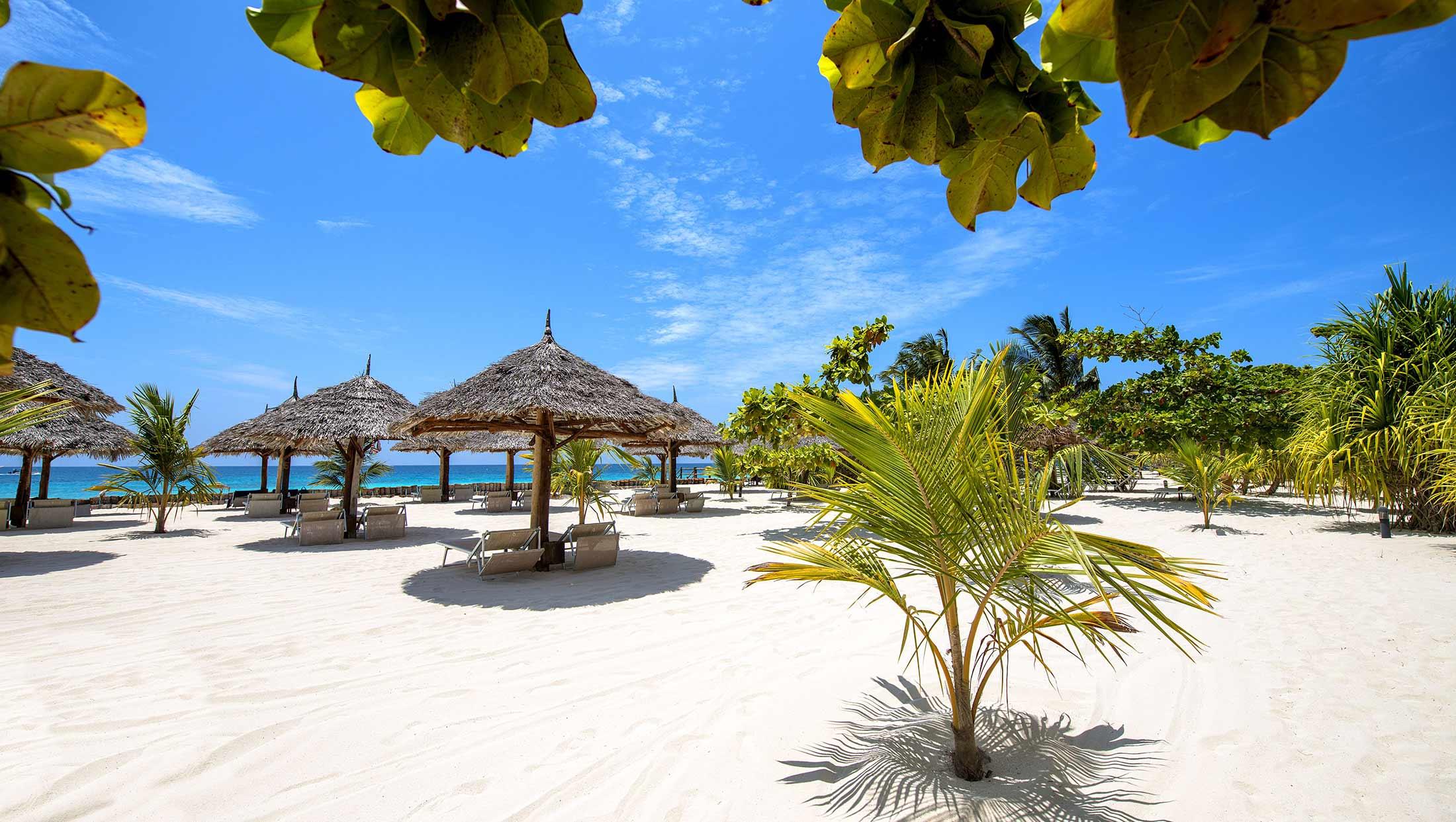 Diamonds La Gemma Dell Est In Zanzibar Book A Luxury