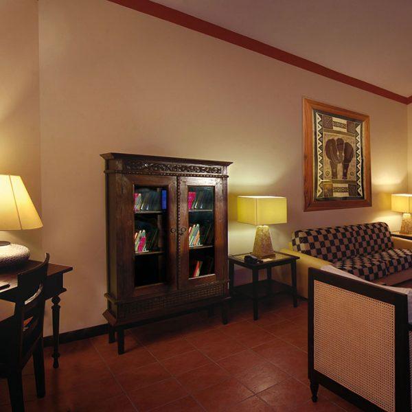 en::Rooms and Suites it:: Camere e Suites fr::Chambre et Suites de::Zimmer und Suites pt-pt::Quartos e Suites