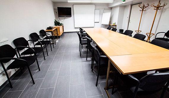 Järjestä kokous Helsinki-Vantaan lentoaseman lähellä - varaa kokoukset meiltä