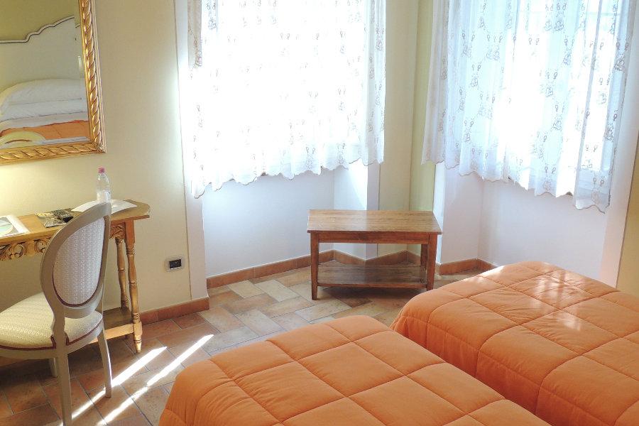 Camere - Camera Doppia con Letti Singoli Hotel Montecarlo ...