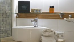 Dettaglio lavabo-mensola1