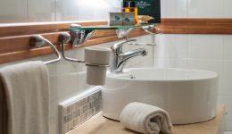 Dettaglio lavabo-mensola2