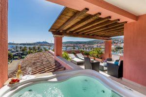 IMG_1034_piscina e terrazza Presid