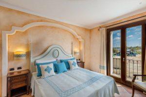 hotel_la_vecchia_fonte_room_deluxe_suite_gallery_01