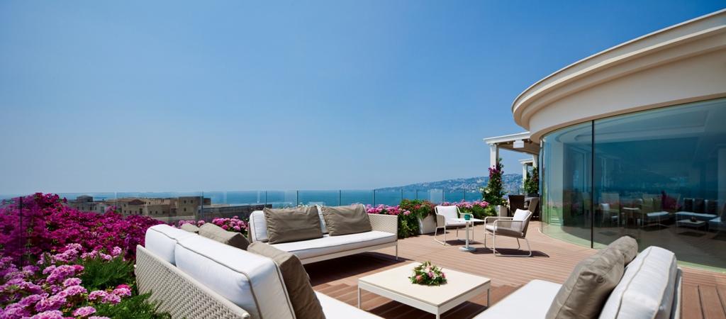 Gallery Naples Hotel - Grand Hotel Vesuvio in the center of Naples