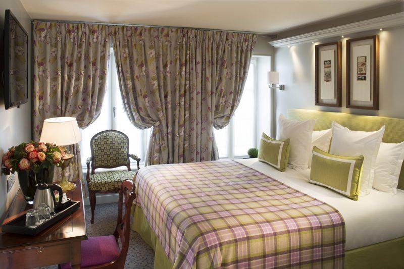The rooms - Superior Double Room Paris Hotel - Relais des Halles ...