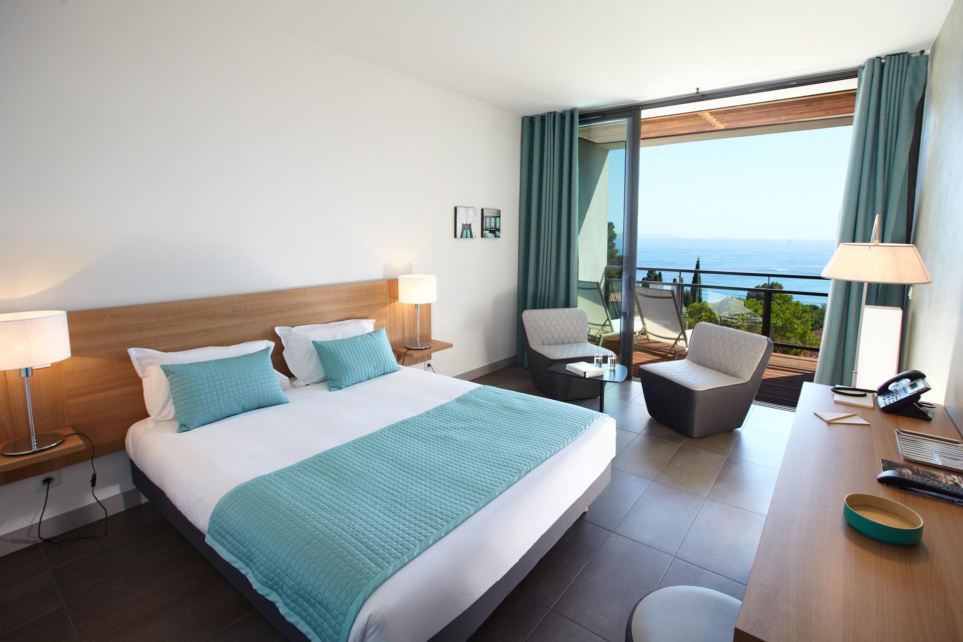 Superior Sea View Family Room with Balcony