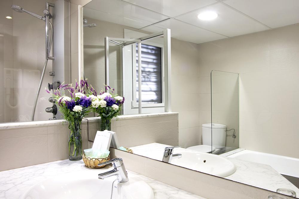 Camere suite hotel barcellona hotel gaud in centro a for B b barcellona economici centro