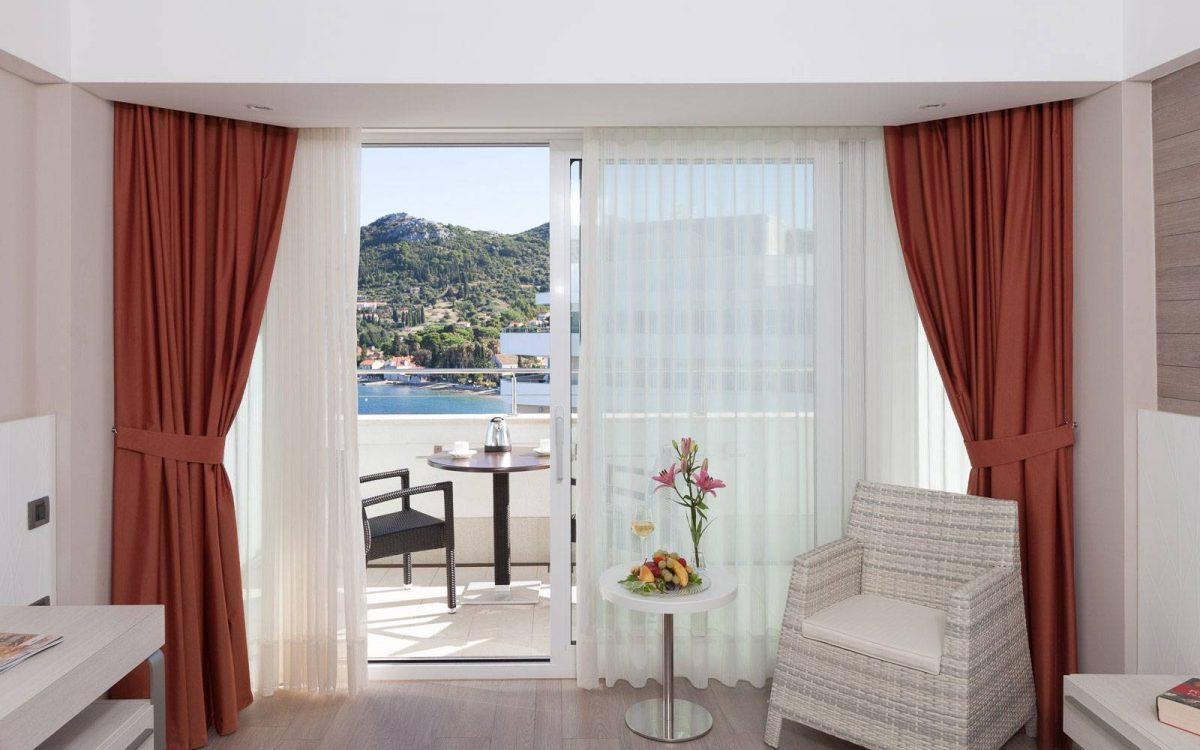 Premium Relax Room