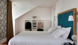 gallery_ResidentasApostolos-Deluxe_TwoBedroom
