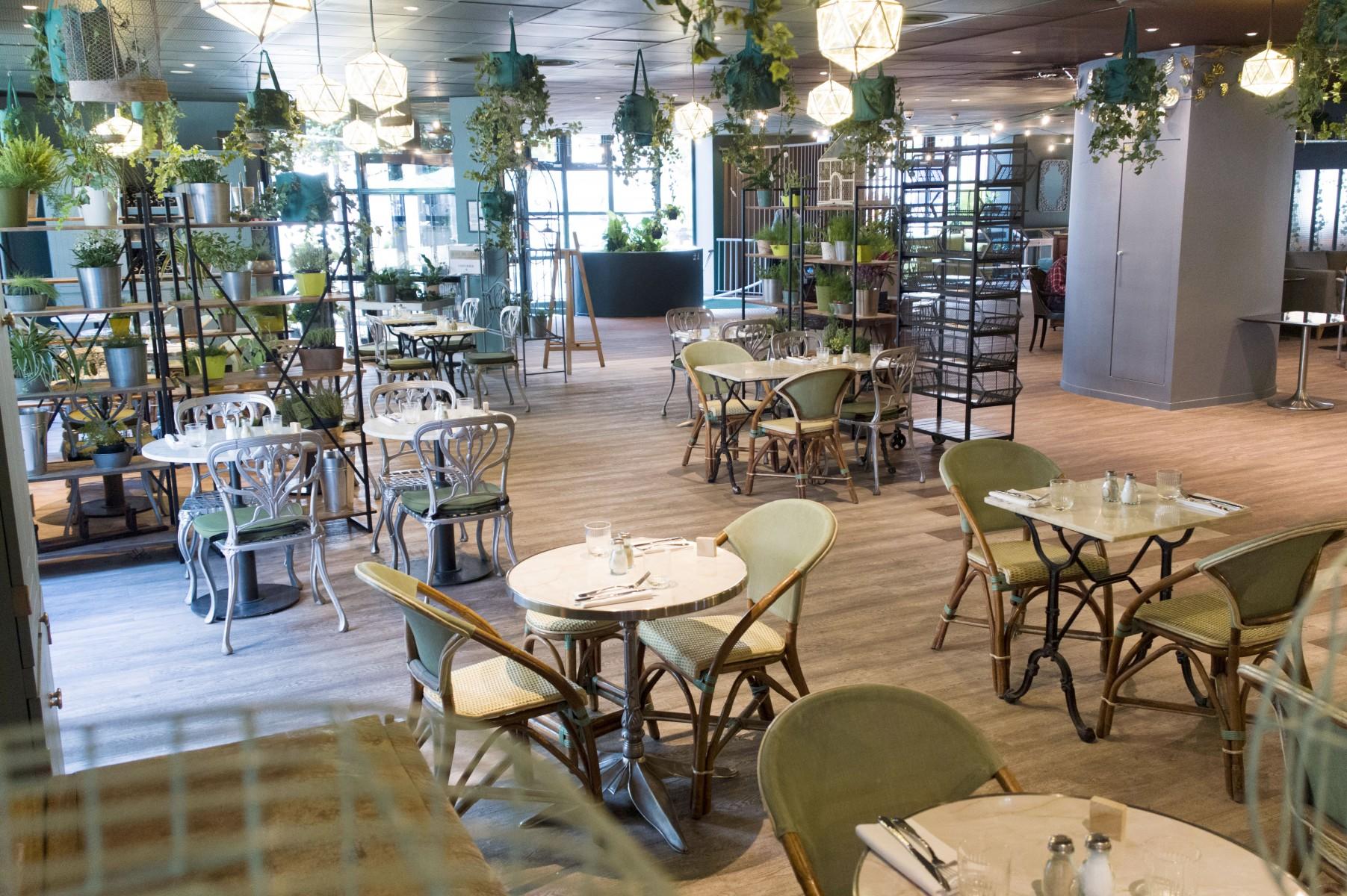 Restaurant Non  Ef Bf Bdtoil Ef Bf Bd Paris