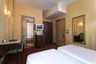 Classic Twin Room | Hotel Tritone Mestre Venice
