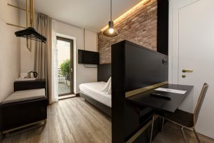 Deluxe Single Room | Hotel Tritone Venice Mestre