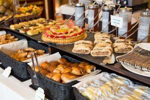 Breakfast buffet - Hotel Tritone Venice Mestre
