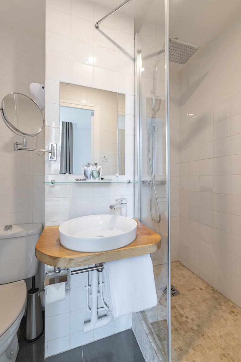 Reception 24/7 - salle de bain Hotel Paris - Korner Opéra