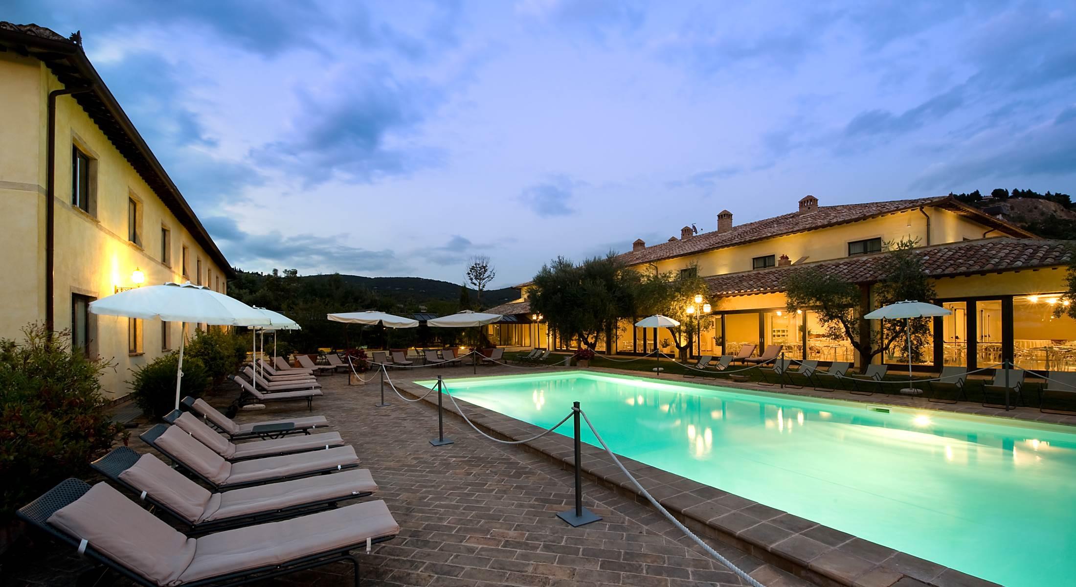 laura brunelli perugia hotels - photo#22