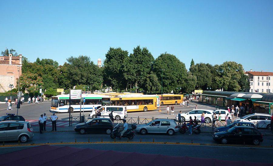 De Piazzale Roma