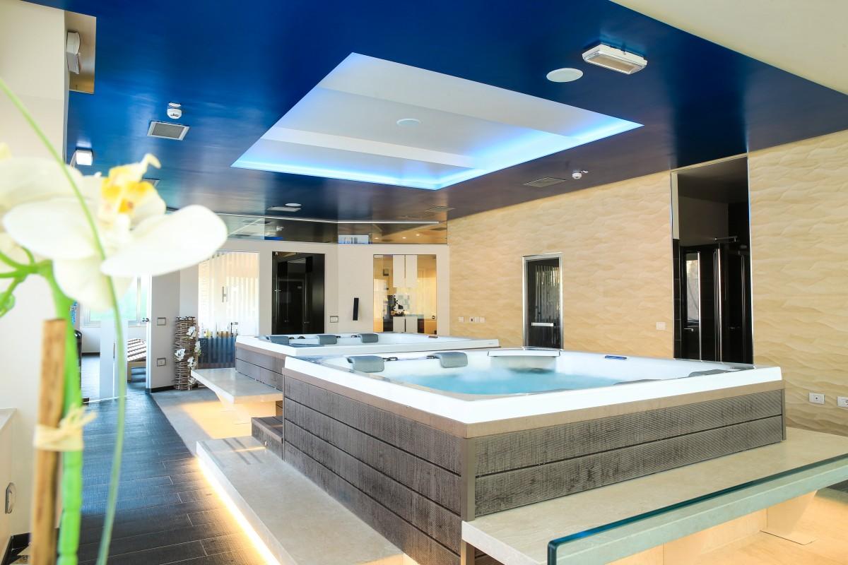 Corte Delle Dolomiti Spa hotel jacuzzi italie | enredada