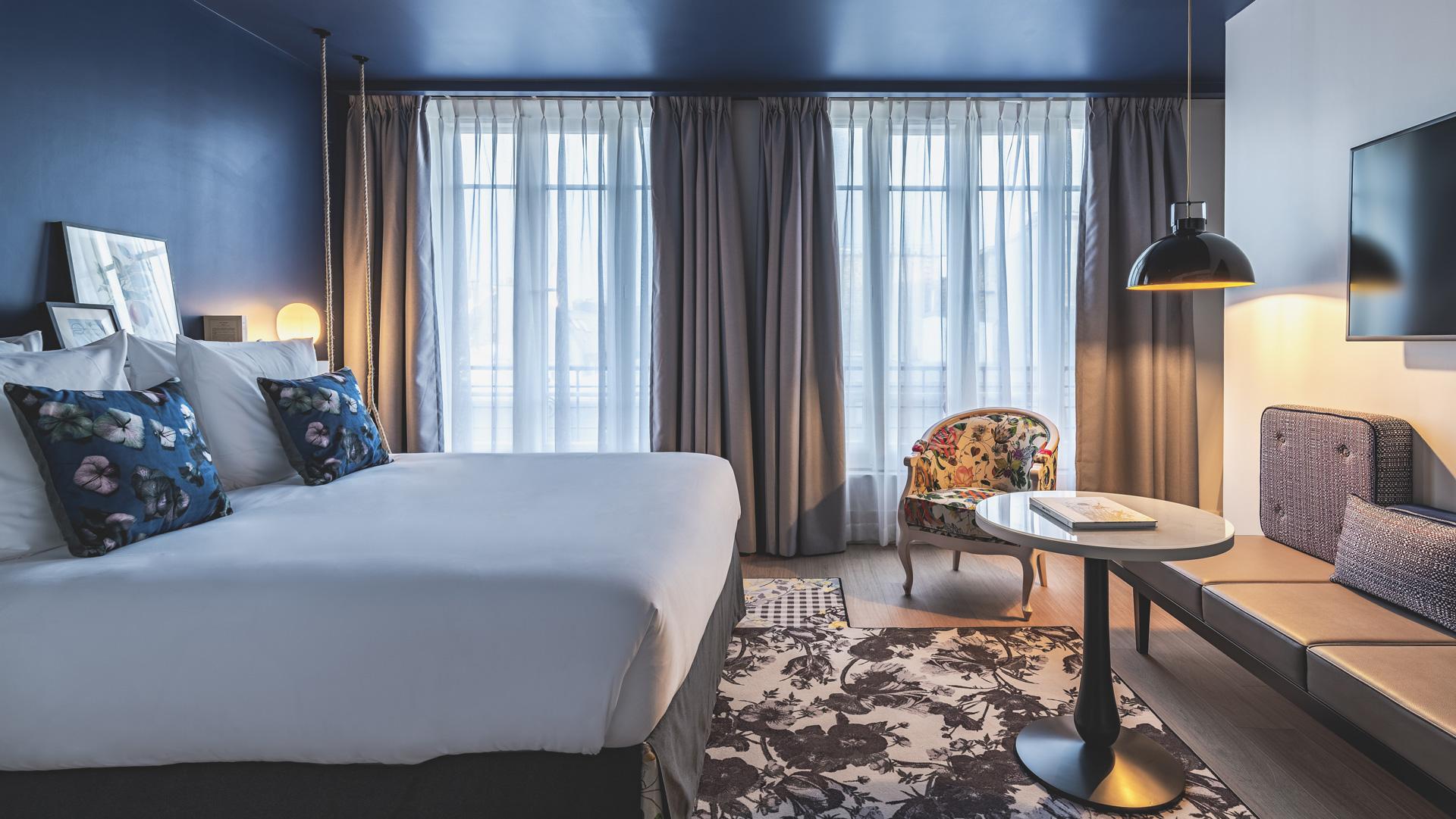 Hotel Rue De La Pepiniere Paris