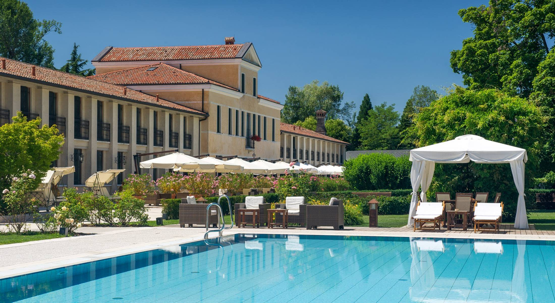 Country Hotel Relais Monaco in Treviso - Book a luxury hotel in Treviso