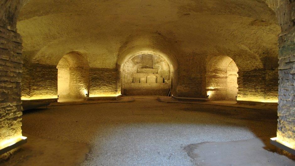 Cripta de la Iglesia de San Luis de los Franceses