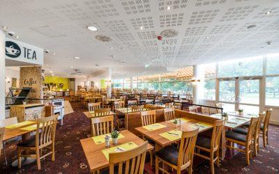 Cote_Jardin_restaurant_terrace1