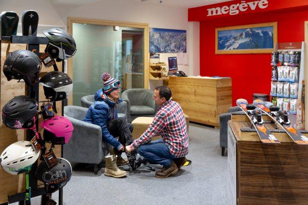 Ski shop Les Loges Blanches vente de matériel ski surf chaussures