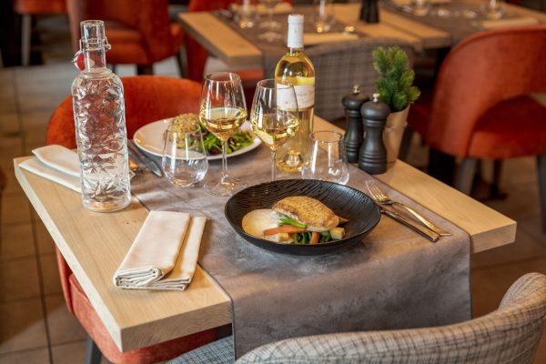Poisson au restaurant La Table des Cochers aux Loges Blanches hôtel **** à Megève