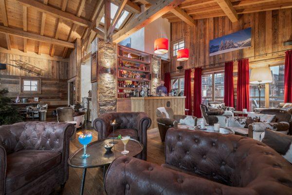 Le Bar des Cochers aux Loges Blanches hôtel **** à Megève