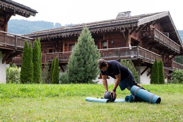 Yoga et relaxation aux Loges Blanches Megève