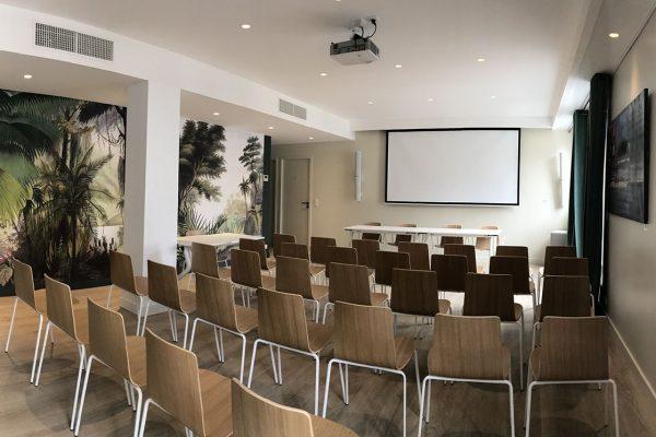 salle seminaire hotel de silhouette