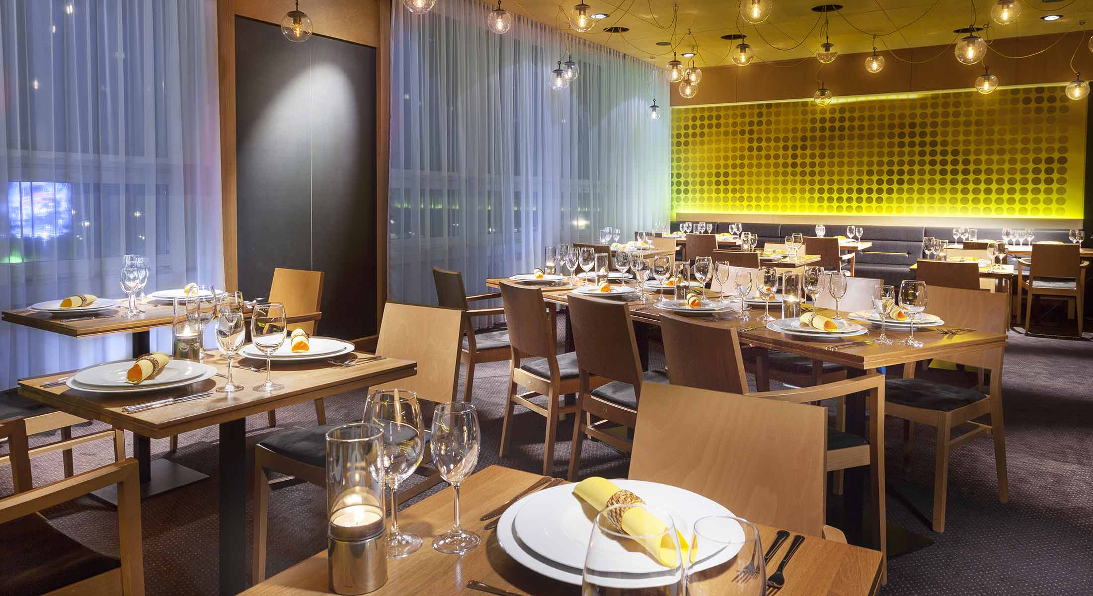 Ristorante - Ristorante 19 Hotel Praga - Hotel Golf Golf ...