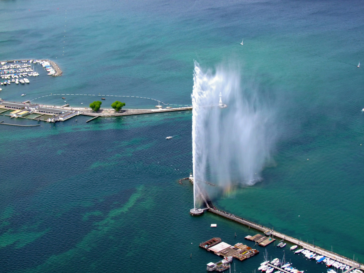 the-geneva-water-fountain