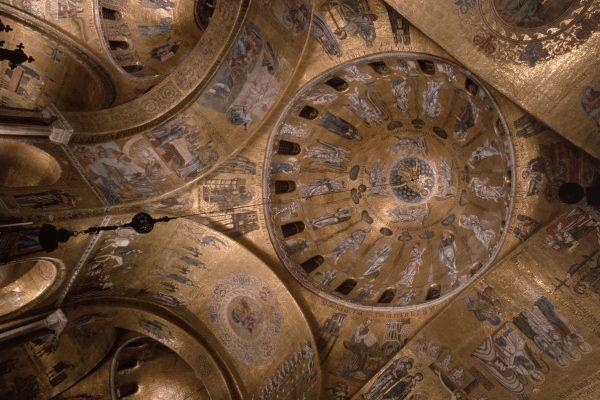 The treasures and mosaics of the Basilica di San Marco