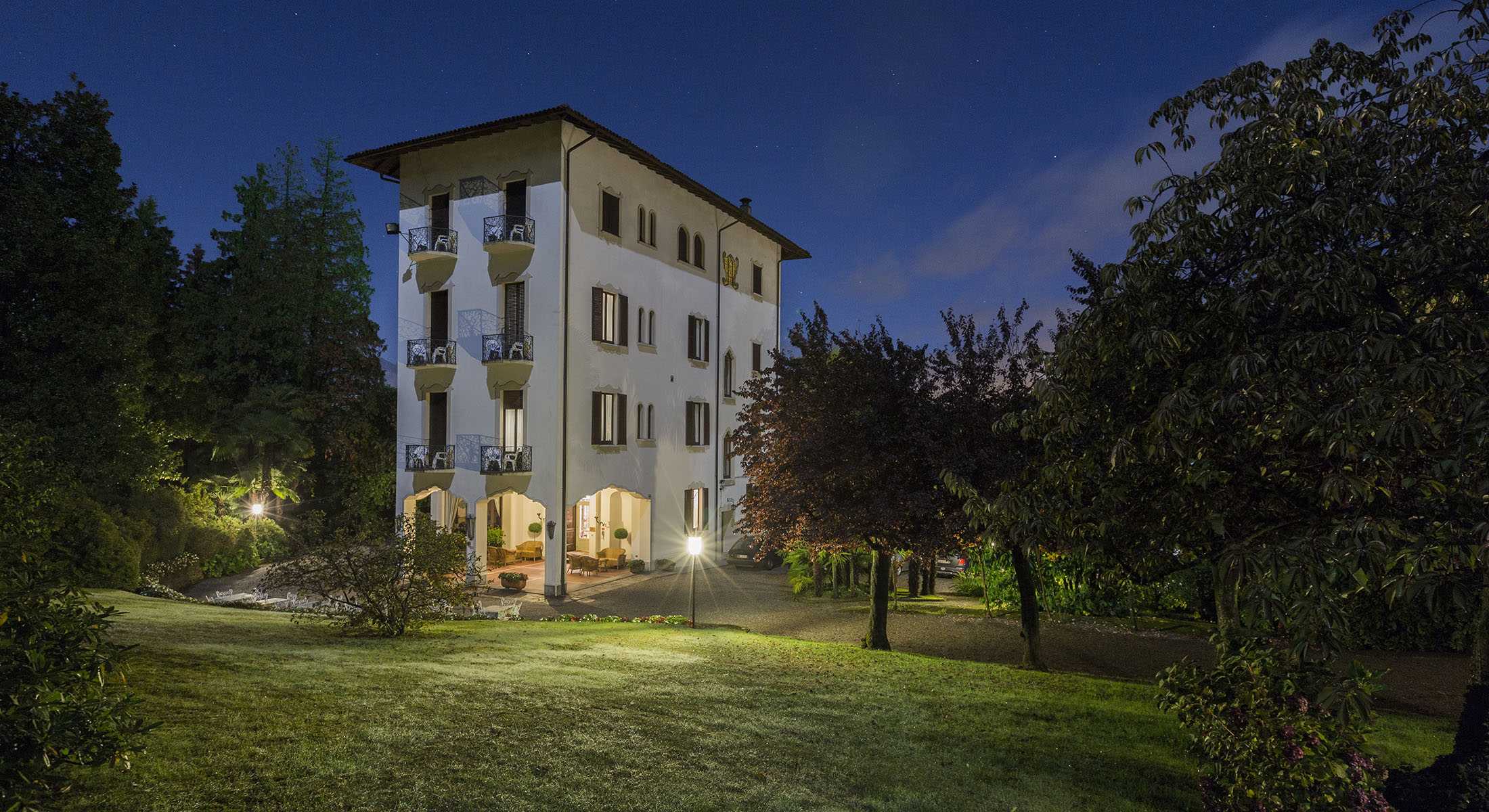 La Credenza San Maurizio Canavese Menu : Hotel du parc in stresa historischen villa buchung der