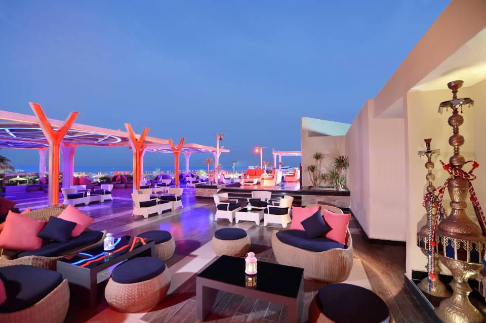 Bars Red Sky Bar Im Beach Albatros Resort Pickalbatros Hotels