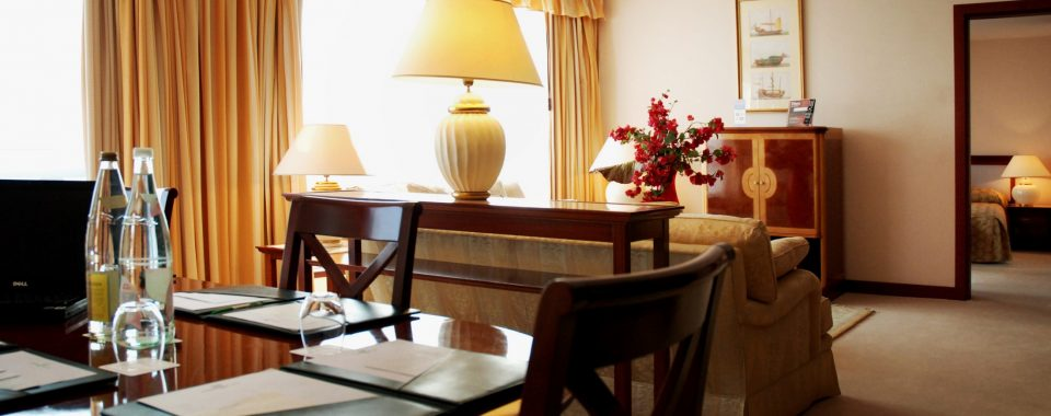 Evergreen Suite (90sq.)